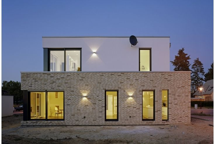 Flachdach im fokus velux einfamilienhaus in nordrhein for Einfamilienhaus modern flachdach