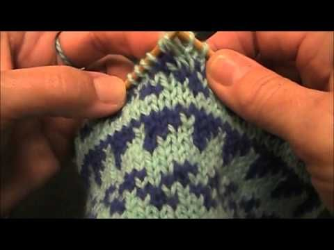 Clean Bind Off mid project-great video to keep the bind-off stitches ...