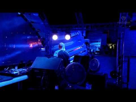Showtek LIVE at Electric Love Festival 2015