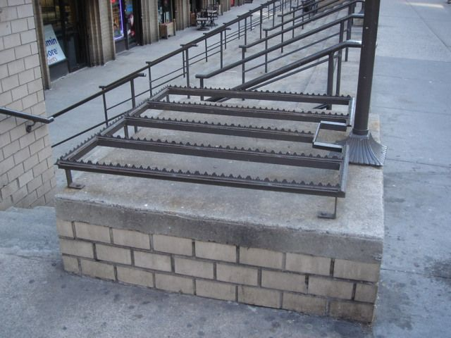 Architects Are Purposely Designing Uncomfortable Park Benches Architecture Details Architecture Architect