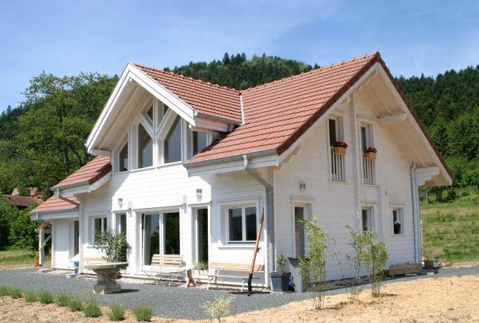 Maison contemporaine en bois - puits de lumière #maisonbois - puit de lumiere maison