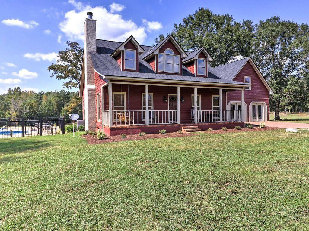 Pine Mountain Valley House w/ Pool on 25 Acres! - Hamilton ...