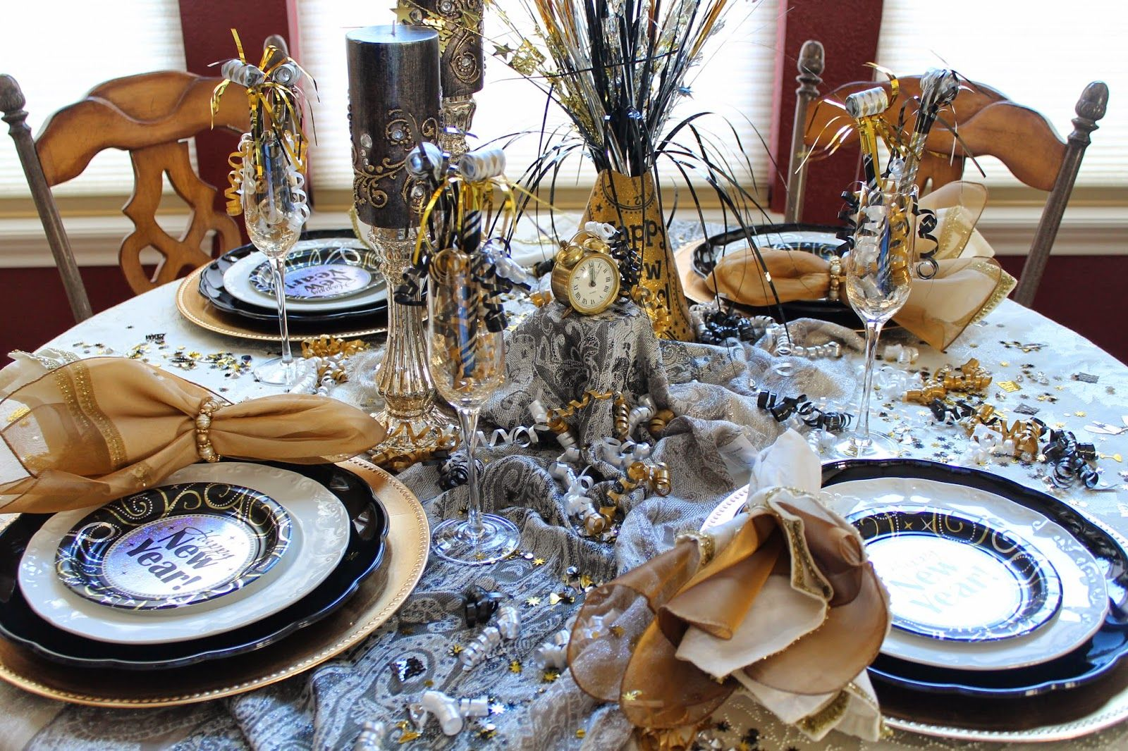 New Years Eve tablescape New years eve decorations, New
