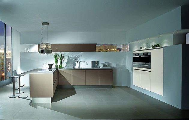 Küchen modern l-form mit theke  L-Form Küche in Beigegrau und Weiß mit Theke | Küche | Pinterest
