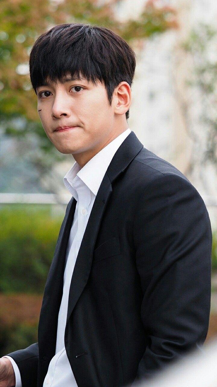 2018 年の ji chang wook 지창욱 1987 182cm musa baek dong