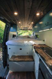 """Photo of Dieser Van hat Komfort und Stil! In den Schränken der """"blauen Lagune"""" sind Soft…"""