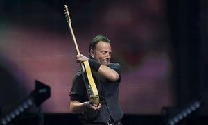 Bruce Springsteen performs in Manchester in 2016