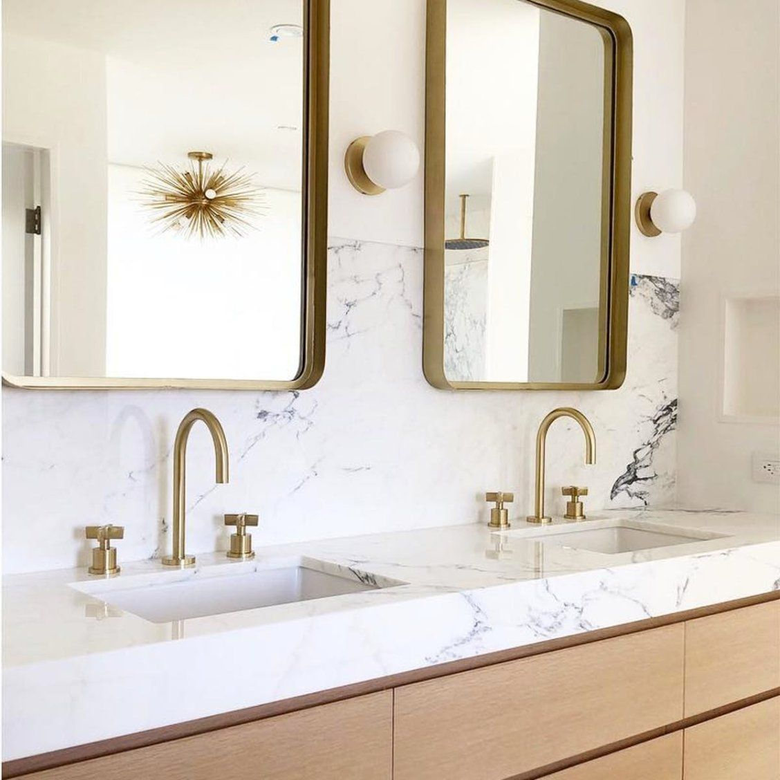 The Result Is Legen Wait For It Dary Neill Patrick Harris Teamed Up With Houzz To Give His Brother A Bathroom Decor Luxury Bathroom Design Small Bathroom