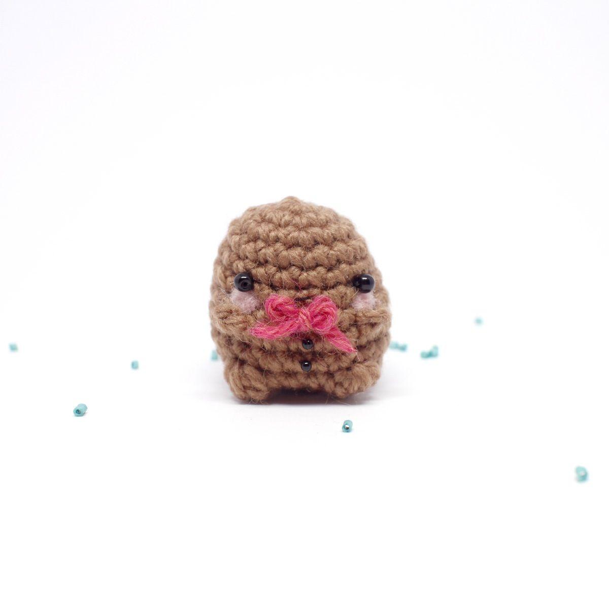 A mini gingerbread man amigurumi from mohu | Amigurumi | Pinterest