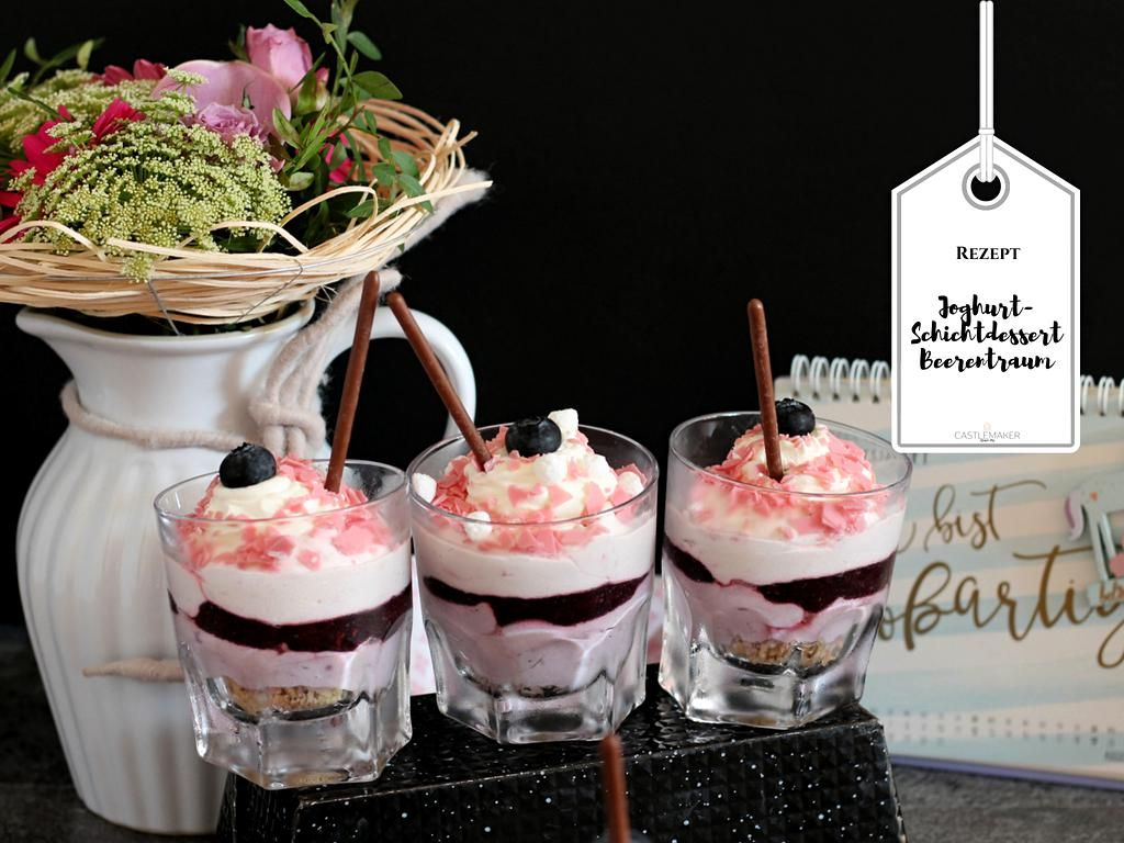 Photo of Lagdelt yoghurt Dessert Berry Dream med bringebær og bjørnebær «CASTLEMAKER Lifestyle Blog