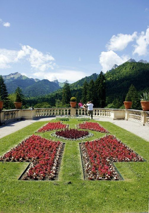 Gardens in Schloss Linderhof (castle) in Bavaria, Germany; Bayern, Deutschland