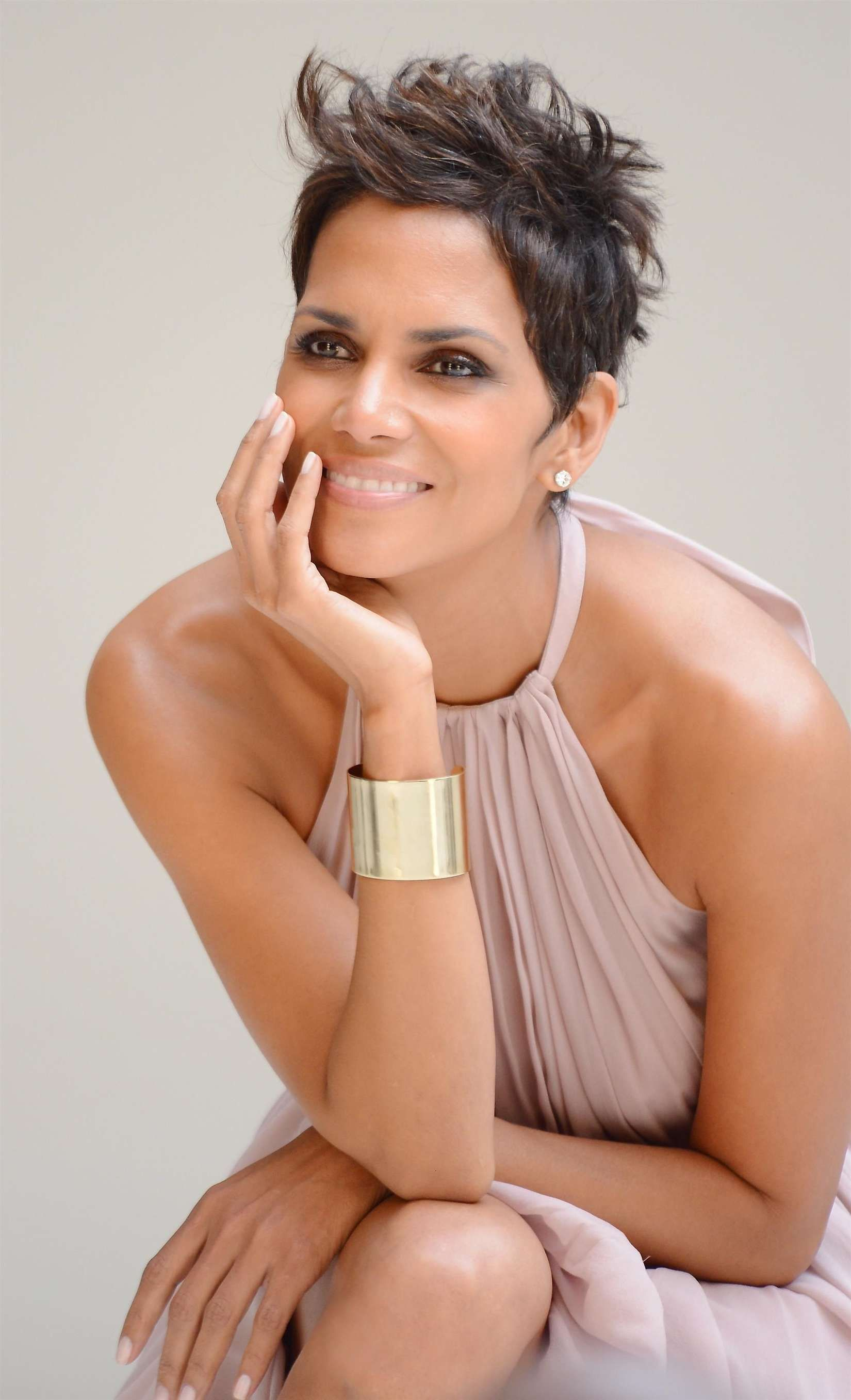 Prime Halle Berry Latest Haircut 2013 Halle Berry 5Th Avenue Hairstyle Inspiration Daily Dogsangcom
