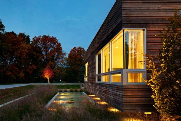 Shaker Heights House By Dimit Architects Cool House Designs Contemporary House Design Modern Patio Design