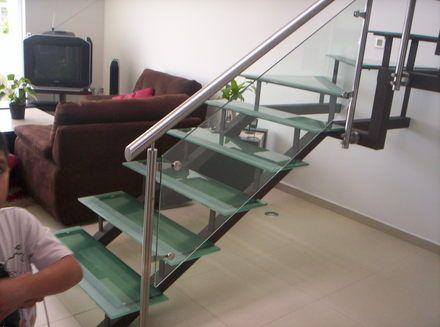 Fotos de lo mas actual en escaleras imagenes de estilos - Barandales modernos para escaleras ...
