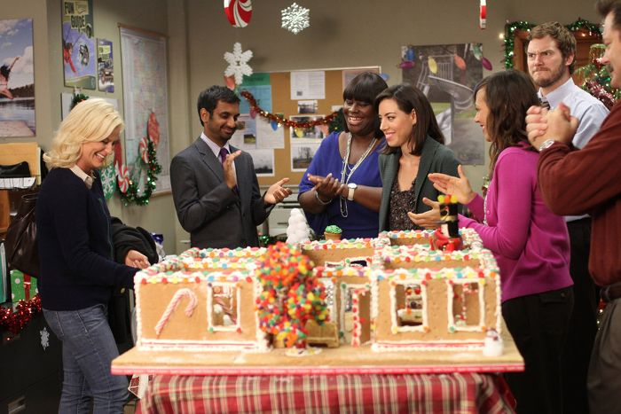 The Best Holiday Episodes Of Your Favorite Tv Shows Ever With