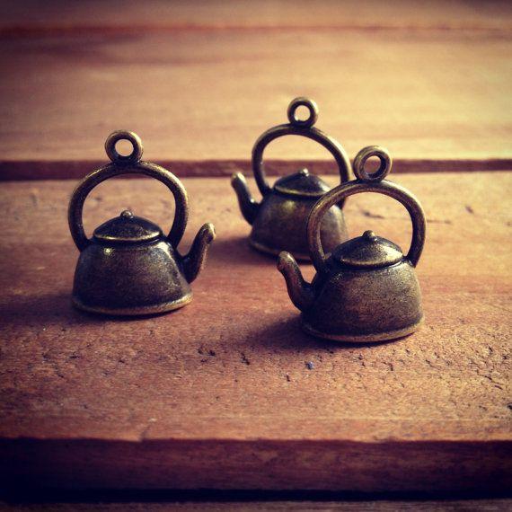 Tea Kettle Charms Antique Bronze Teapot Charm  Alice in Wonderland Charm Tea Pot Vintage Style Pendant  Jewelry Supplies (BB168)