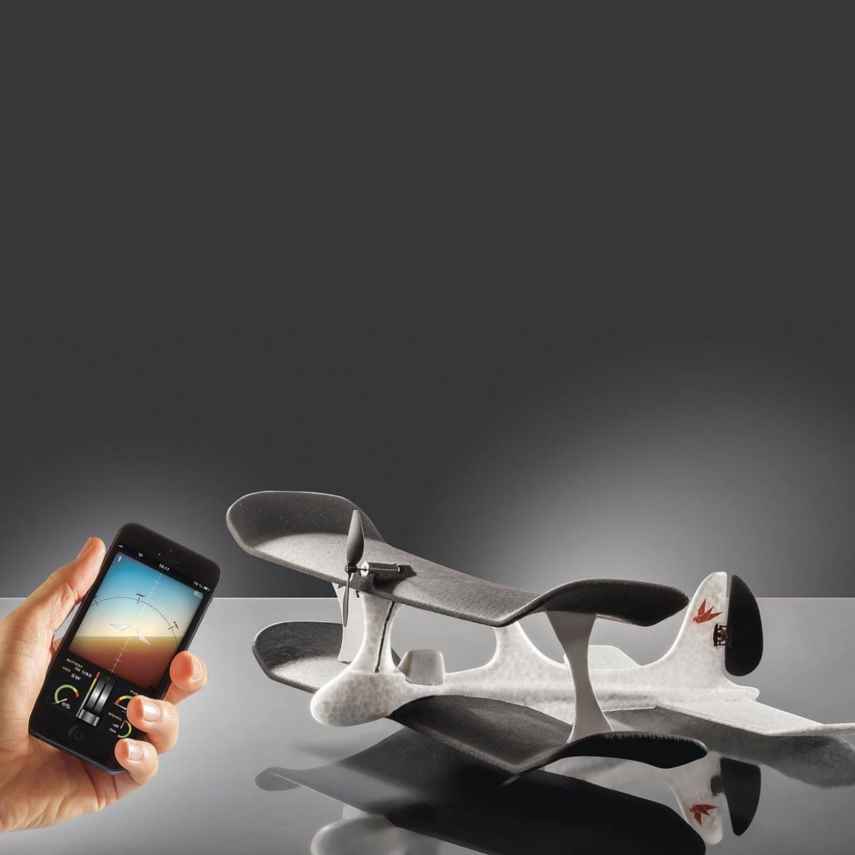 Smart Plane Flugzeug Mit App Fernsteuerung Fablife Ferngesteuerte Flugzeuge Ferngesteuert Modellflugzeug