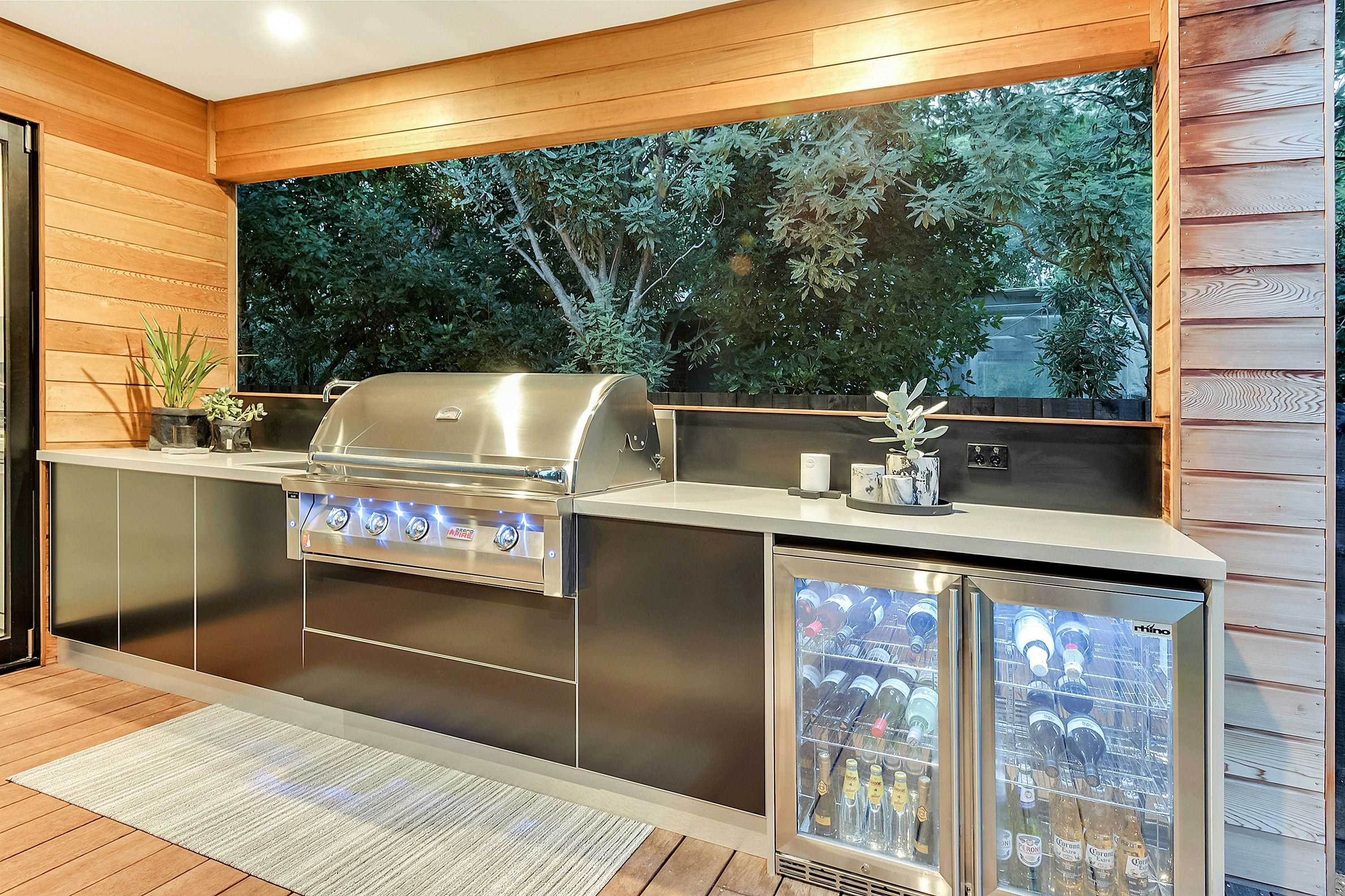 Alfresco Kitchens Limetree Alfresco Outdoor Kitchens Outdoor Bbq Kitchen Outdoor Kitchen Design Outdoor Kitchen Cabinets