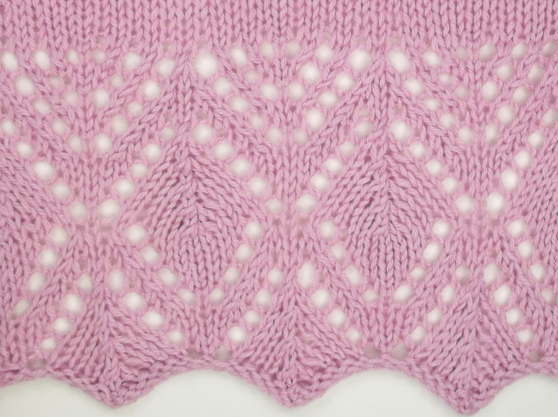 Estonian Leaf Edging would be a wonderful stitch to use on ...
