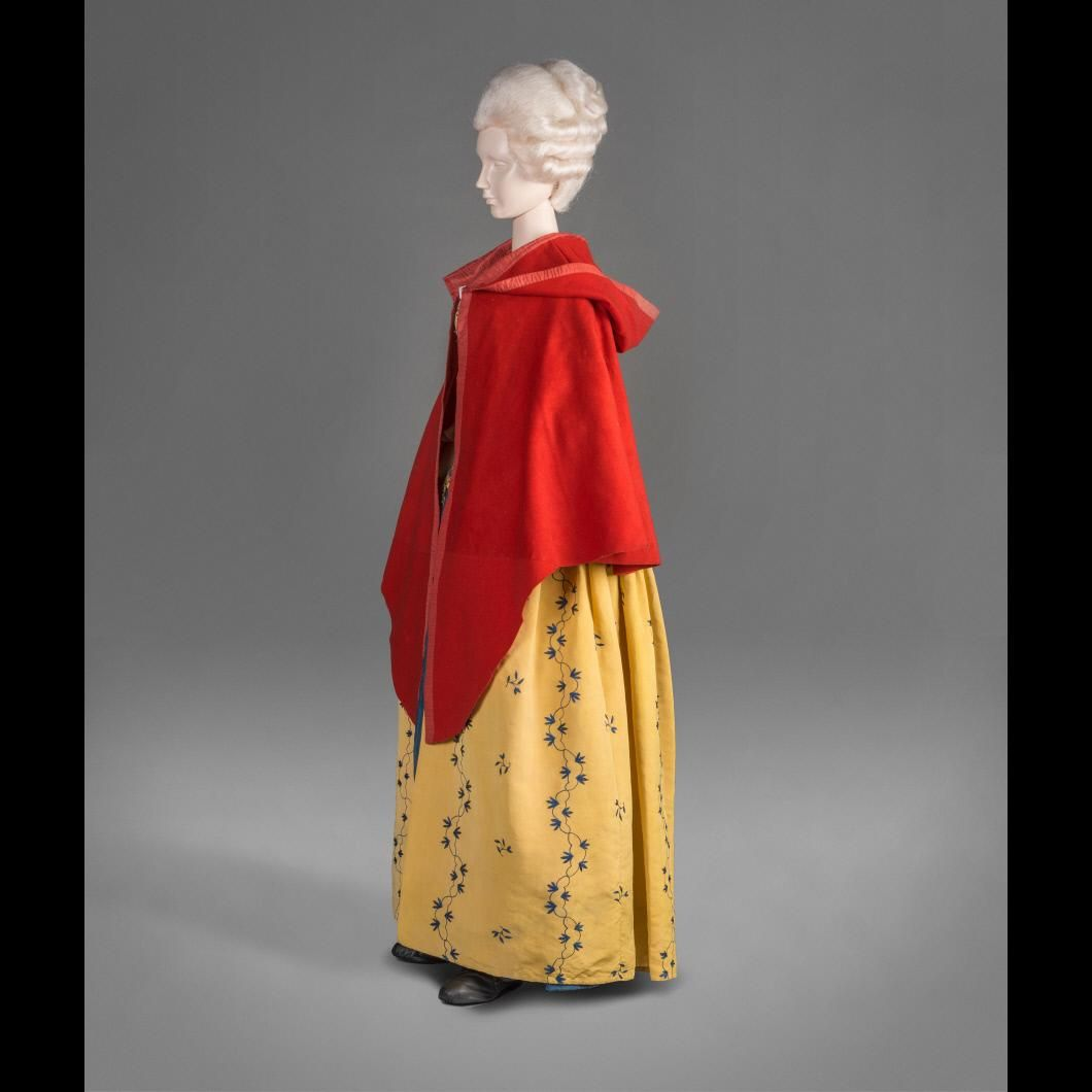 Cloak with gown th century fashion pinterest