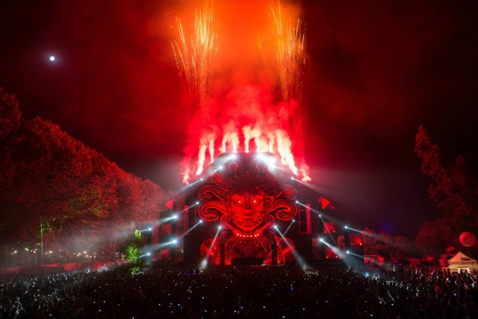 Mysteryland 2013 Chile Q-dance Stage