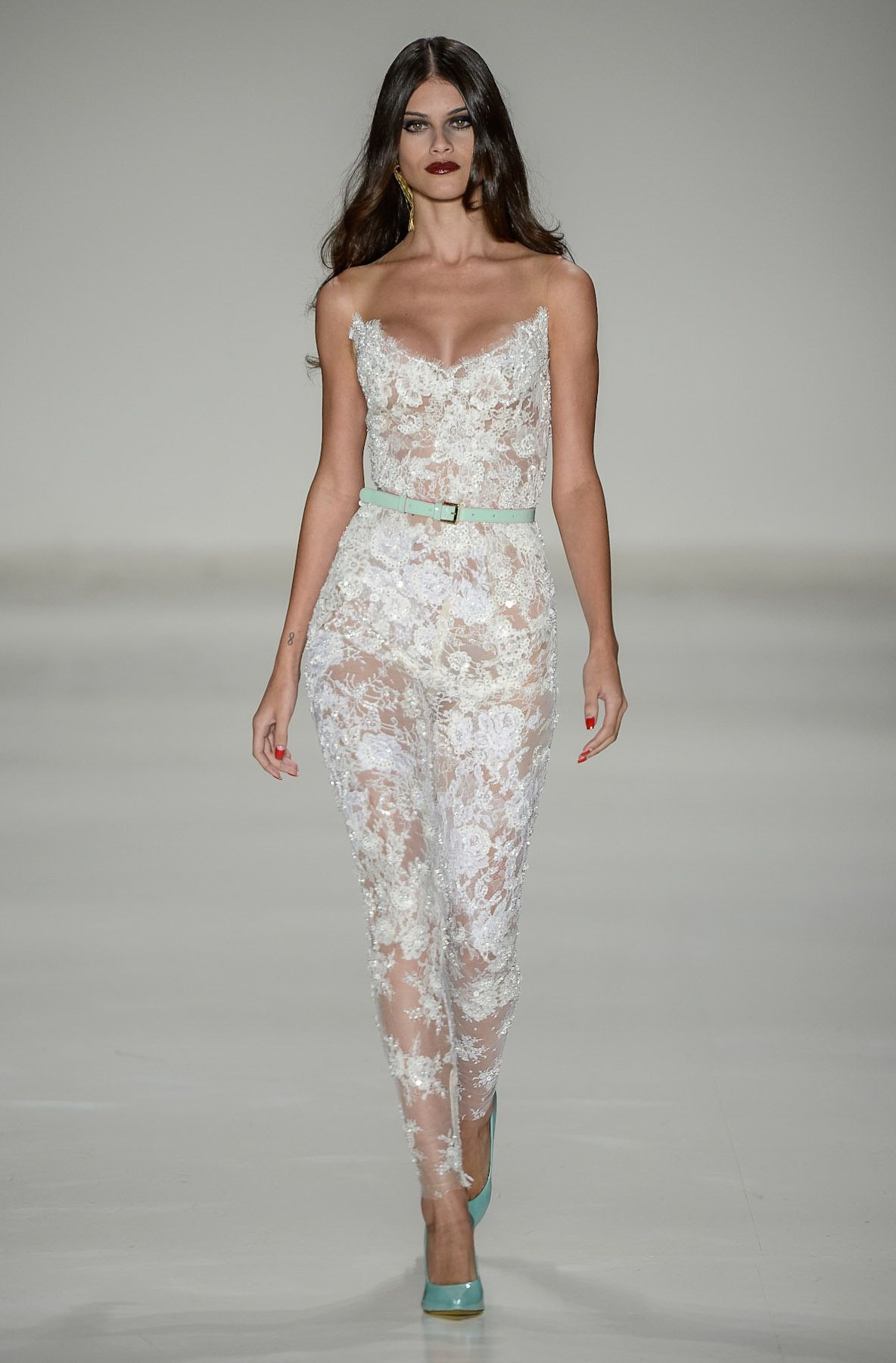 White Lace Jumpsuit Photo Album - Reikian