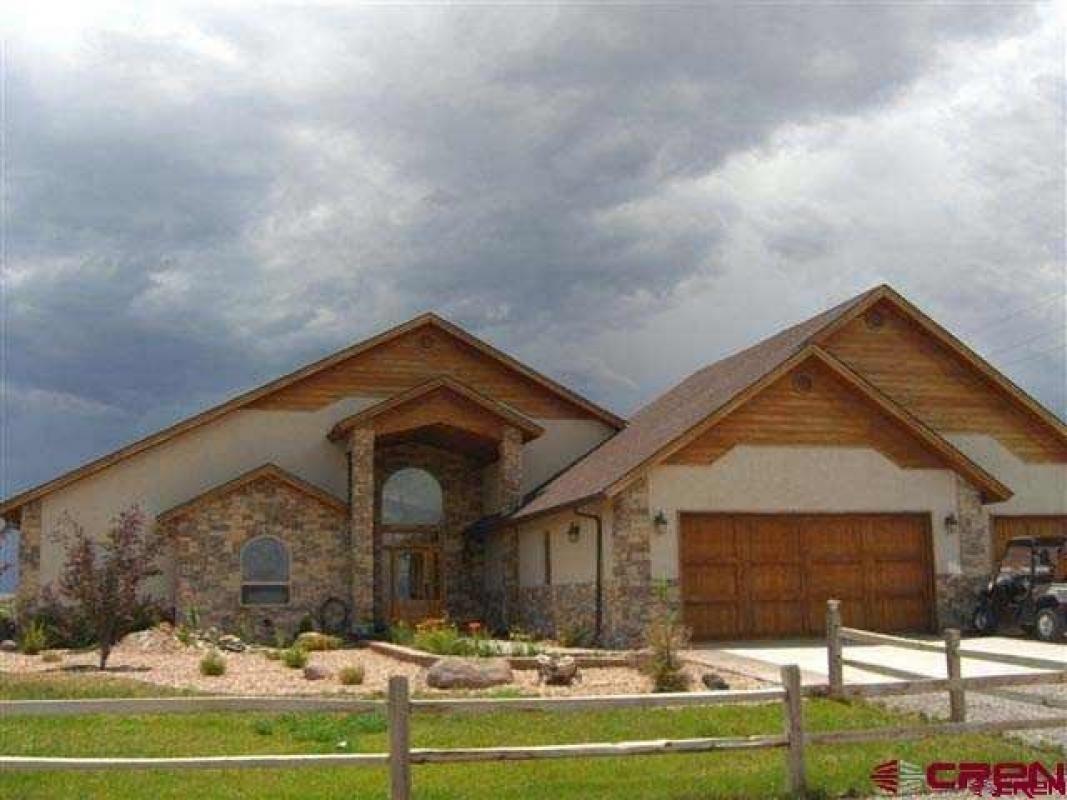 9025 6400 Road Montrose Co 81401 White Oak Floors Custom Homes Oak Floors