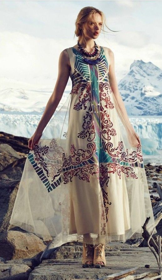 Anthropologie geisha designs embroidered glacia gown various sz nwt ivory color