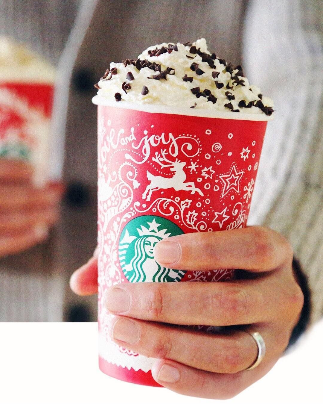 Starbucks coffee lovers now is your chance to get 100 in