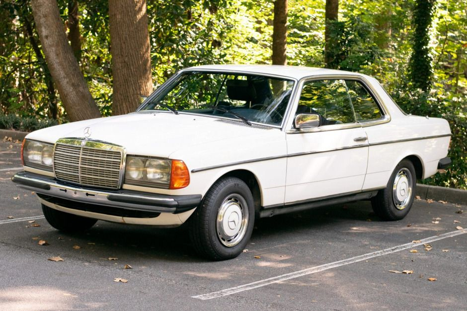 No Reserve 1982 Mercedes Benz 280ce In 2020 Mercedes Benz Benz Mercedes