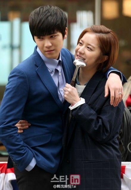 Yang jin sung and lee hong ki dating services