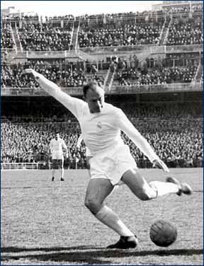 102 Alfredo Di Stefano Alfredo Di Stefano Madrid Football Football Players