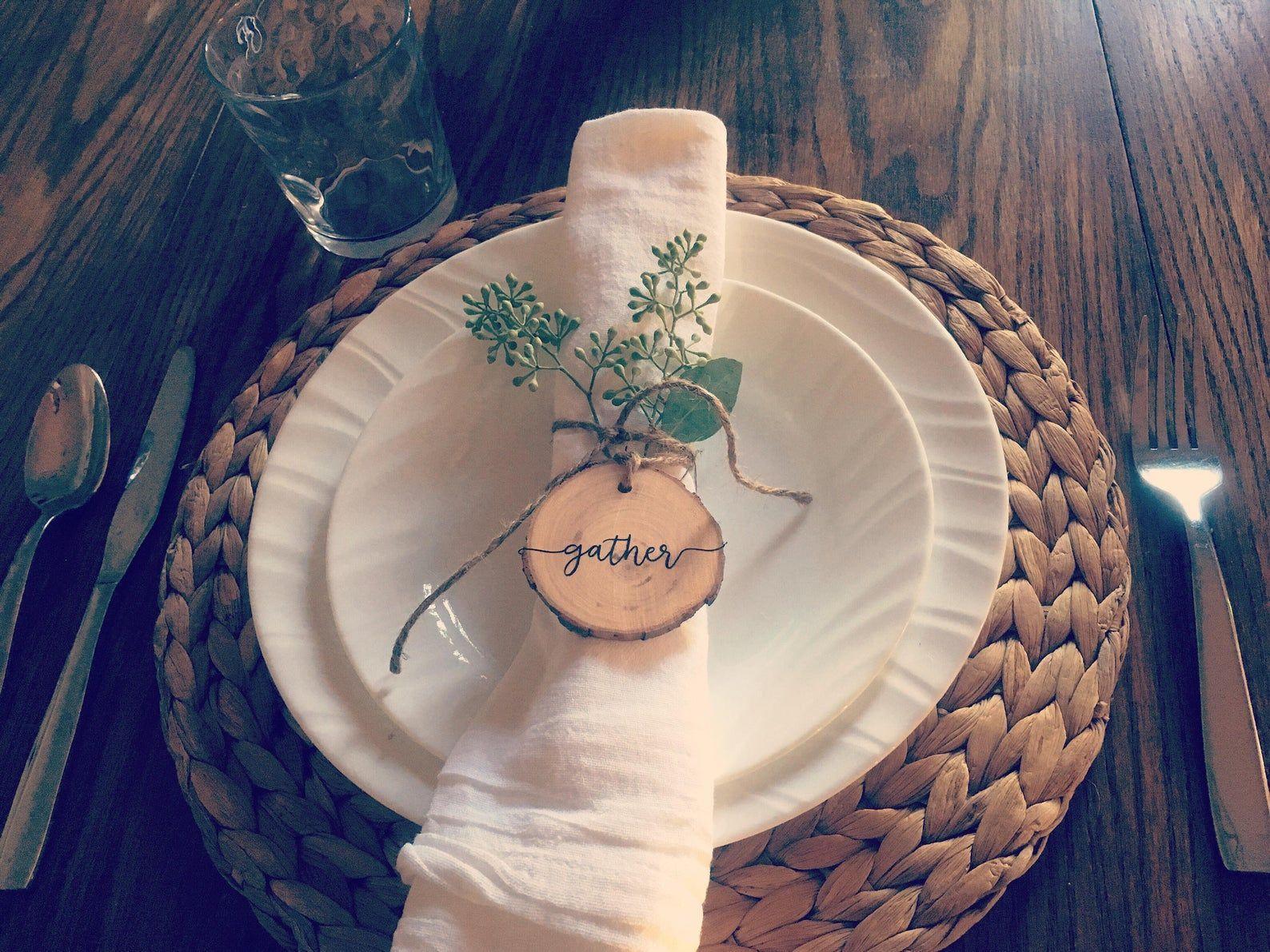Napkin rings, Rustic napkin rings, personalized napkin rings, thanksgiving, table setting decor, custom napkin rings, Rustic Ornaments #napkinrings