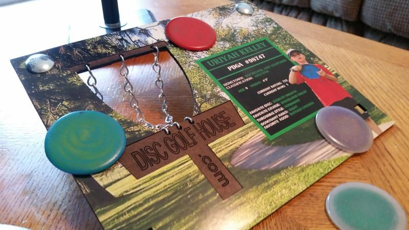 Create your own disc golf sports card game personalize