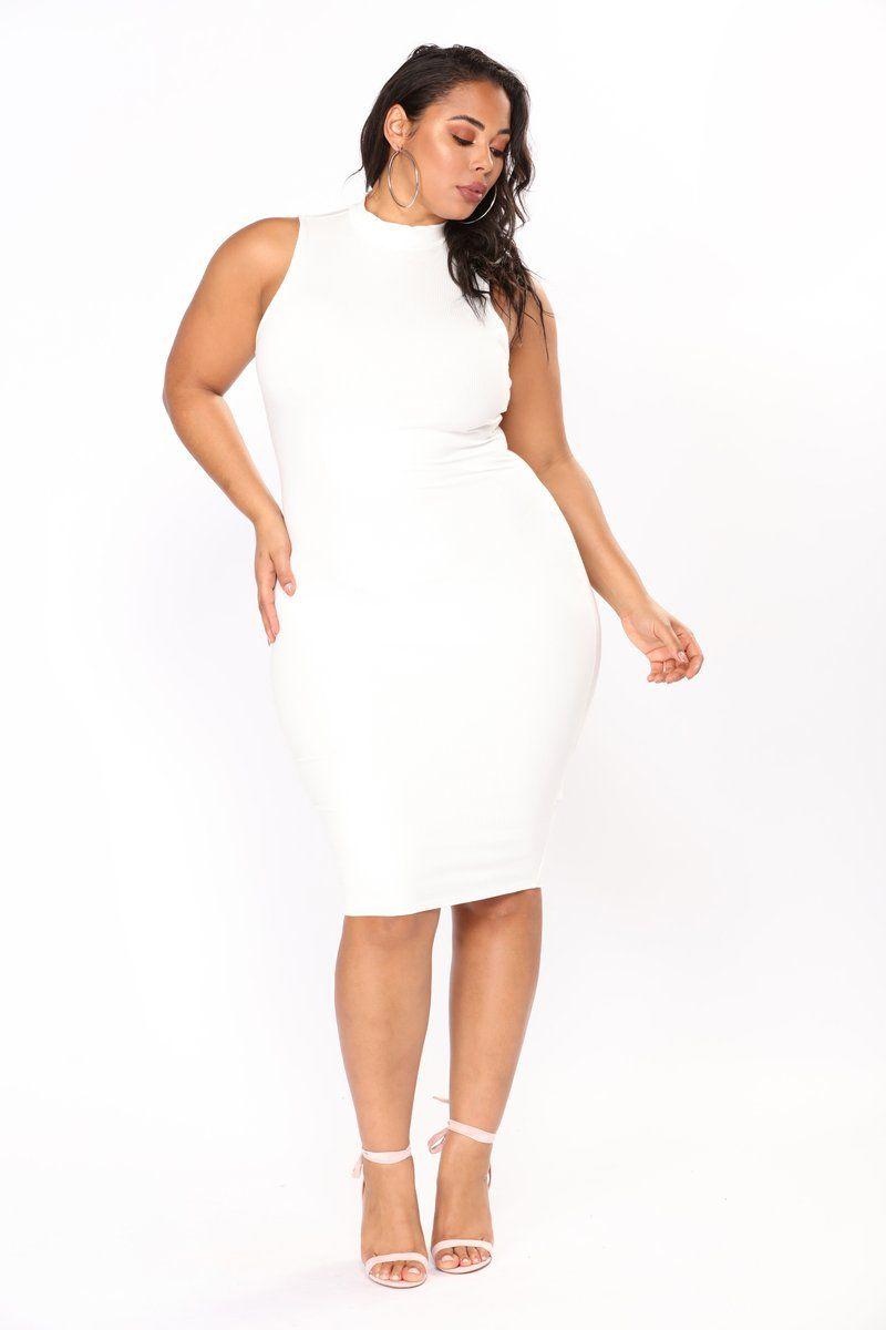 6d2c7f6f41c Plus size and curvy fashion for women in all plus sizes. Buy women s plus  size clothing including dresses