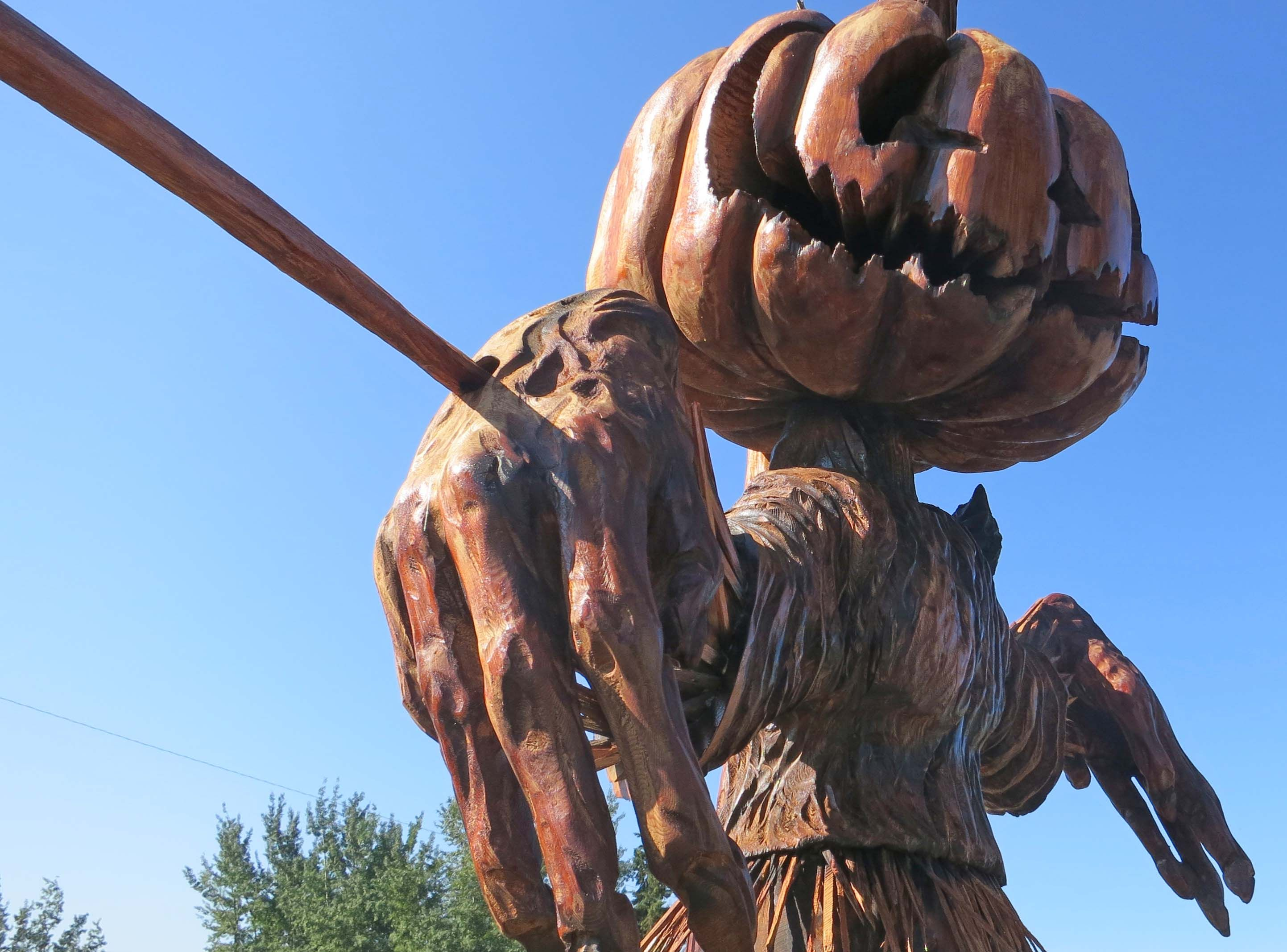 Chainsaw wood carving at chetwynd bc halloween pinterest