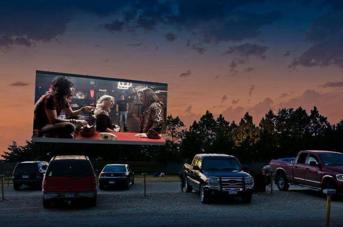 The 16 Places You Should Go In South Dakota In 2017 Drive In Theater Drive In Movie Theater Drive In Movie