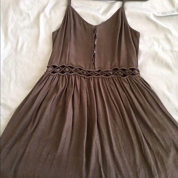 Impulse Dress Never worn, tags attached! Grey, size Medium- with adjustable Spaghetti Straps. Impulse Dresses Midi