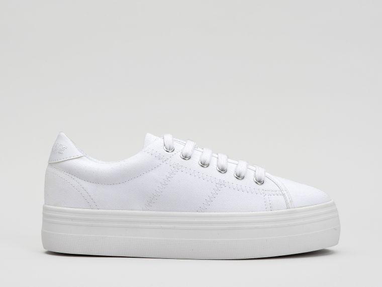 La basket plateforme Plato Sneaker NO NAME blanche, intemporelle par  excellence. dc86312748e0