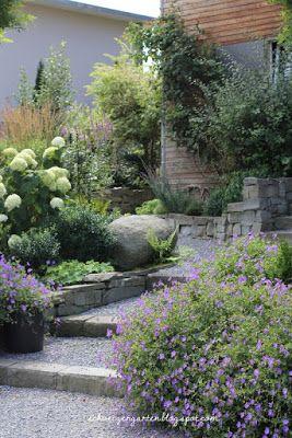 Ein Schweizer Garten: Septemberblau | giardino terrazzato ...