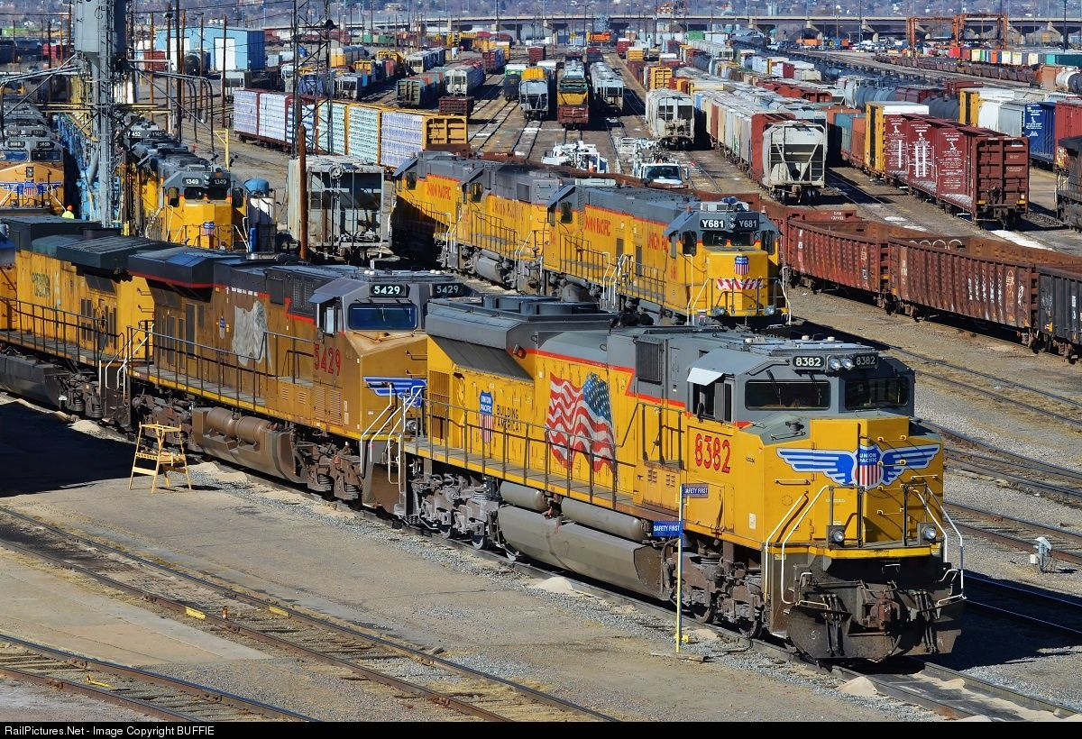 RailPictures.Net Photo: UP 8382 Union Pacific EMD SD70ACe at Denver, Colorado by BUFFIE