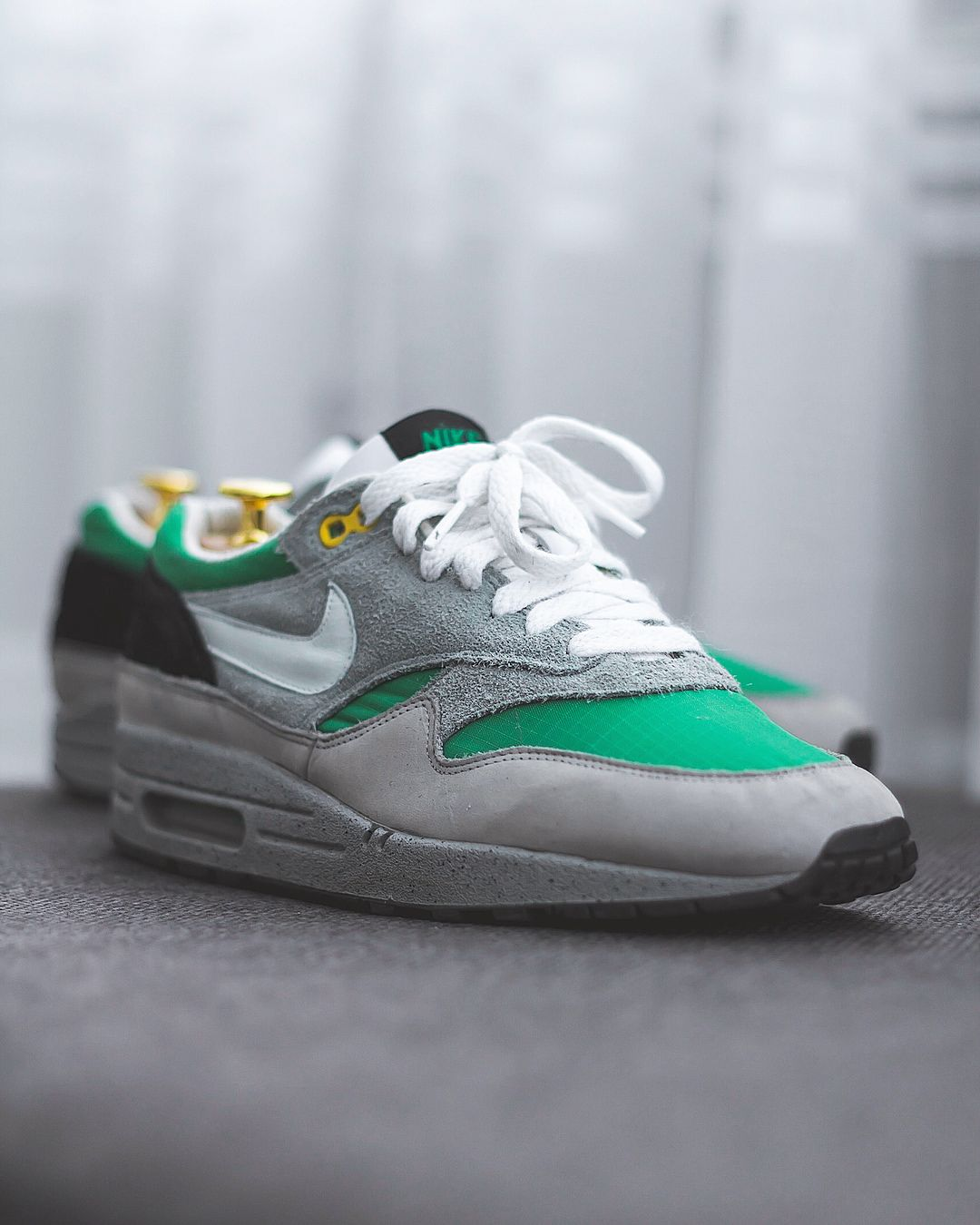 2005 Nike Air Max Sz 12 White Leather,Green,Black,Yellow, Very Good Condition