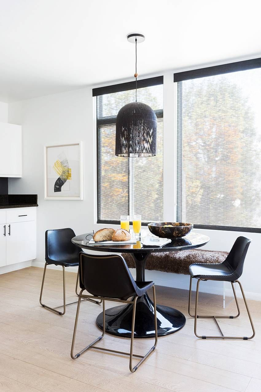 Admirable This Moody Bachelor Pad Is What Bicoastal Dreams Are Made Of Bralicious Painted Fabric Chair Ideas Braliciousco