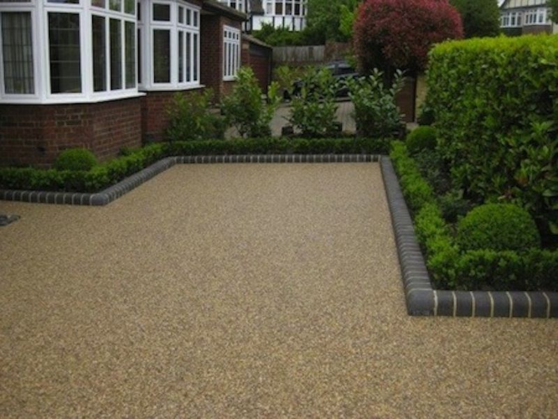 Resin bound driveways a permeable solution driveways for Soft landscaping ideas
