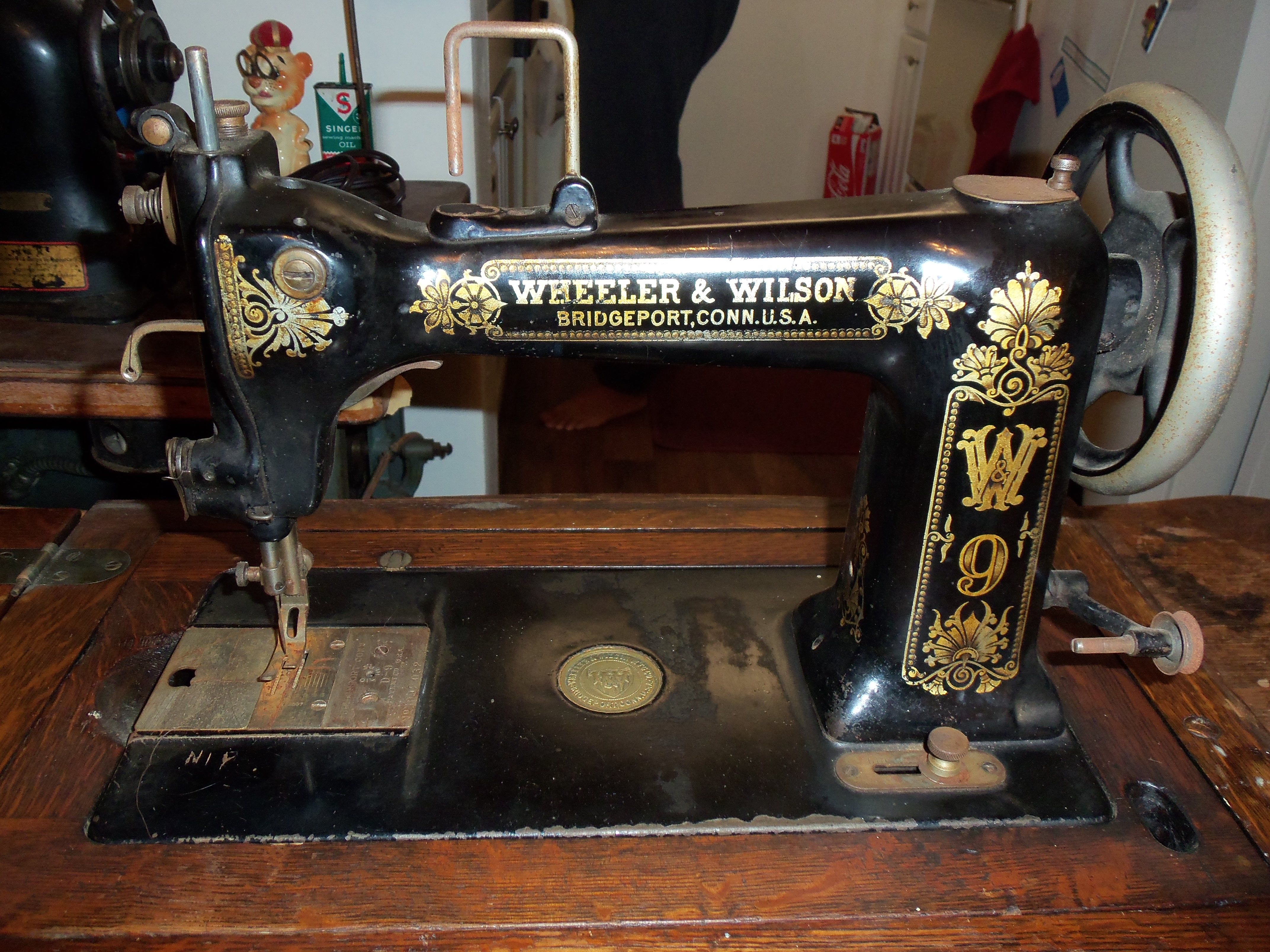 Serial 3092032 Usa Patented August 2 1892 Antique Sewing Machines Vintage Sewing Machines Old Sewing Machines