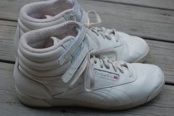 Vintage 80s 90s Reebok Freestyle High Top Hi Top White Leather Sneakers  Tennis Shoes Aerobics Workout Exercise Size 8 Womens e3a1cbdd1