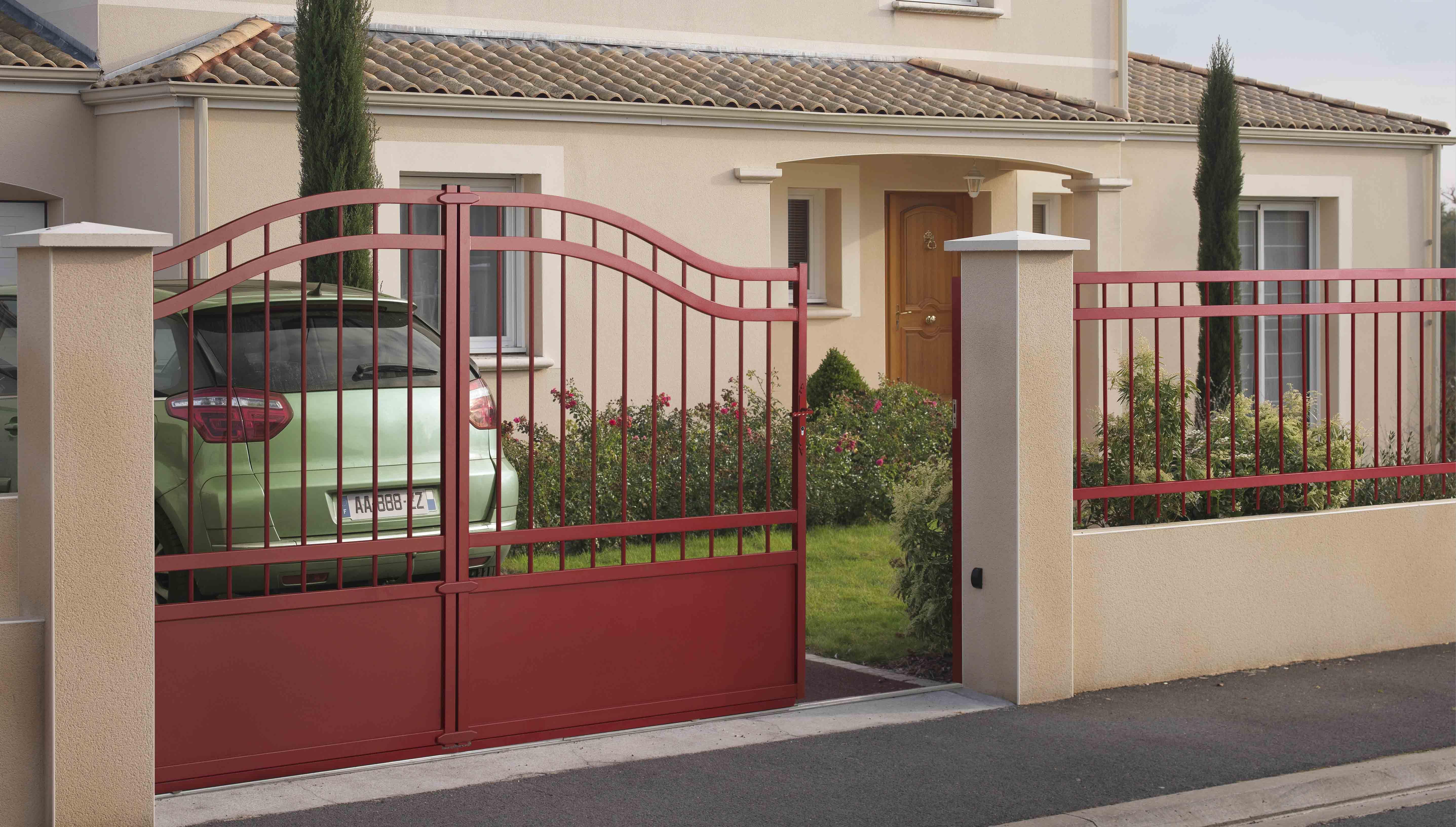 Pingl par seuve rossignol marie claude sur portails automatiques portail en fer portail for Portail coulissant automatique