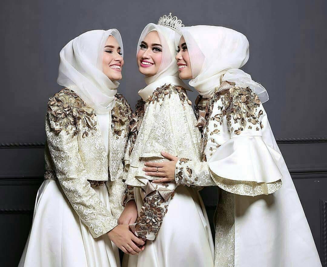 Bridesmaids story by shellaalaztha حجاب in pinterest