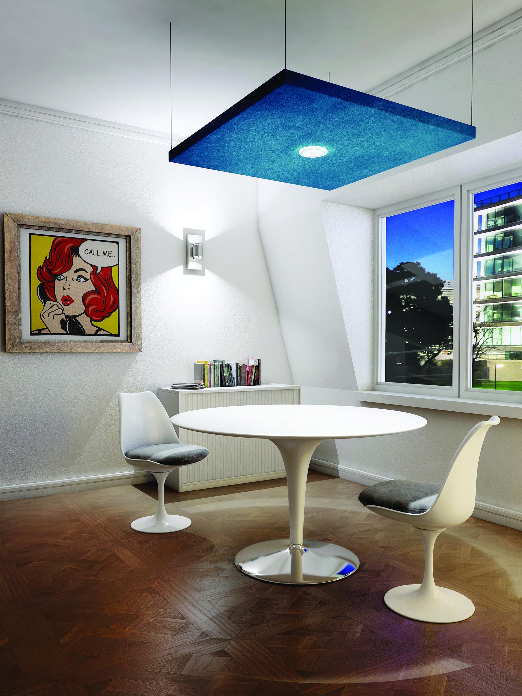 une salle de r union intimiste agr ment e d 39 un panneau. Black Bedroom Furniture Sets. Home Design Ideas