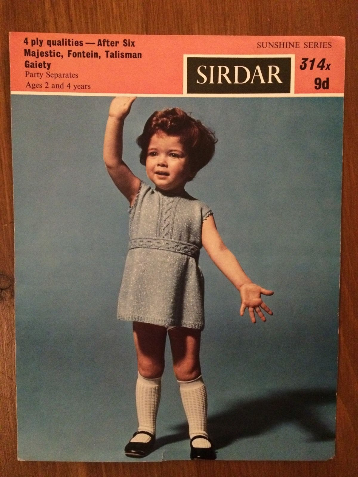 Sirdar 4ply knitting pattern 314x girls skirt jumper 22 24 sirdar 4ply knitting pattern 314x girls skirt jumper 22 24 chest bankloansurffo Image collections